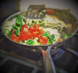 egg whites with spinach and tomatoes (2)